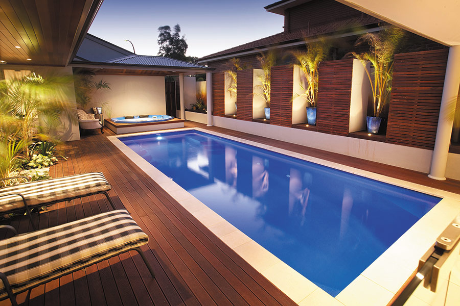 Fibreglass swimming pools aqua technics - Swimming pool leipzig ...