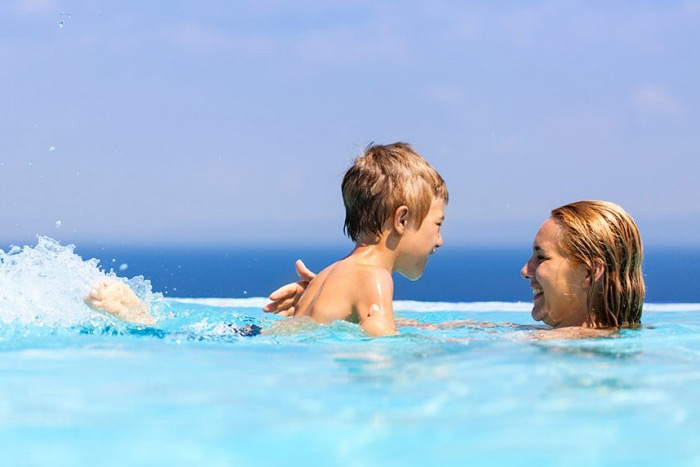 A Fibreglass Swimming Pool is a great way for you and your family to enjoy the fantastic West Australian weather