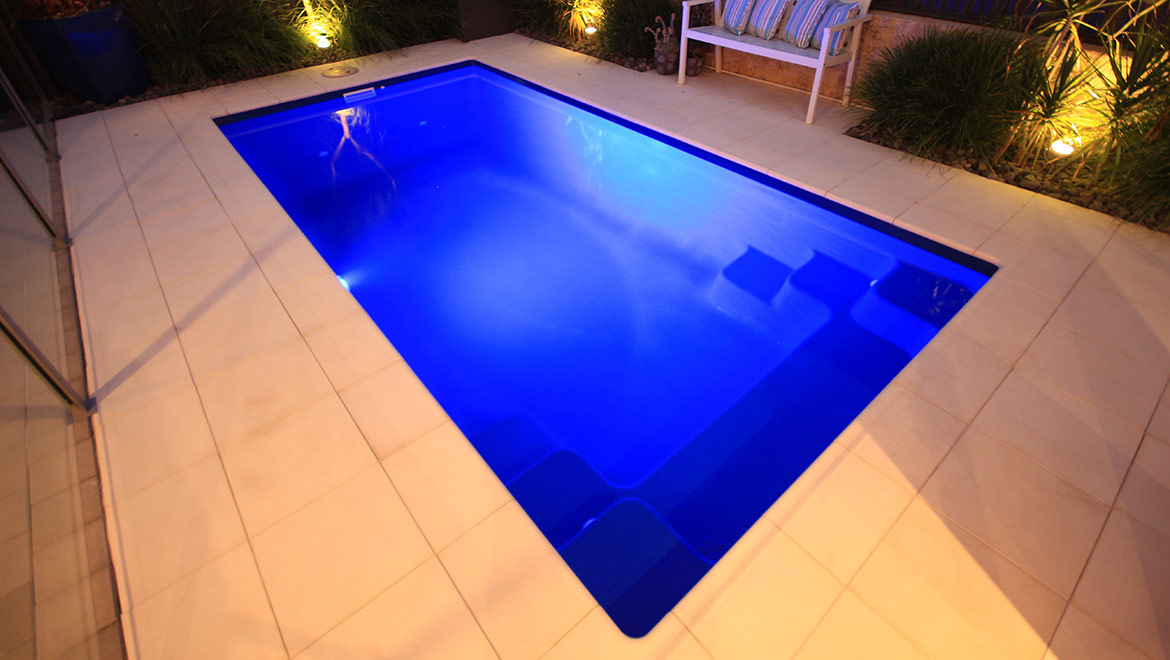 Pool showcase 47 aqua technics for Pool showcase