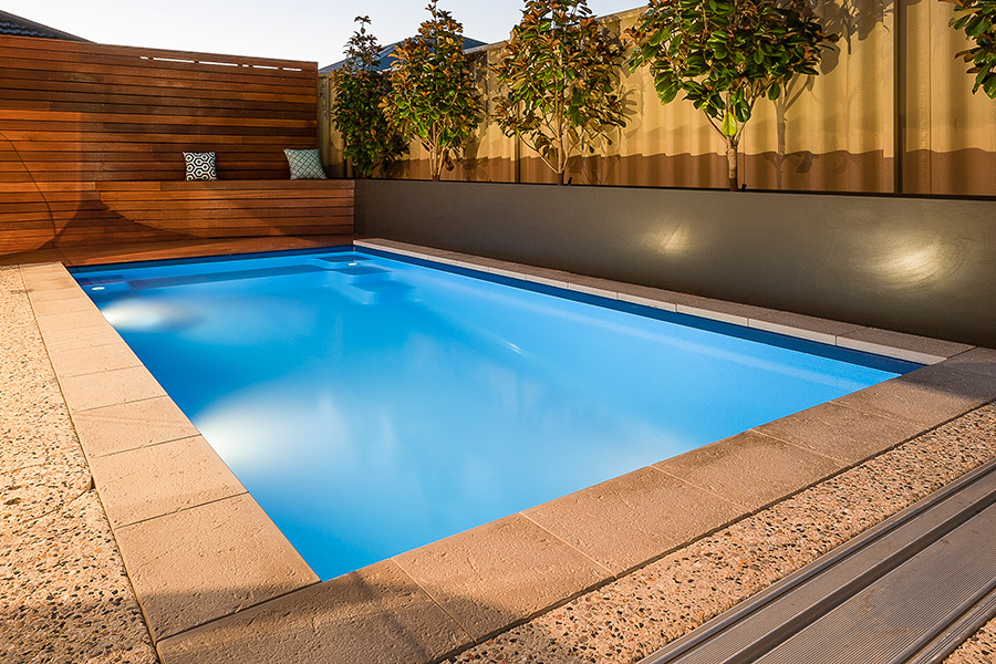 Small fibreglass swimming pools perth aqua technics for Swimmingpool 3m